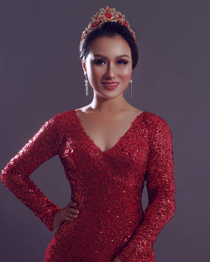 Ms Fashion Asia Nguyễn Ngọc Diệp tỏa sáng trong bộ ảnh nghệ thuật