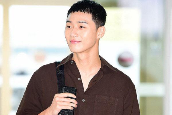 Nhan sắc đỉnh cao như mỹ nam Park Seo Joon: kiểu tóc ngố tàu cỡ nào cũng không đủ dìm hàng