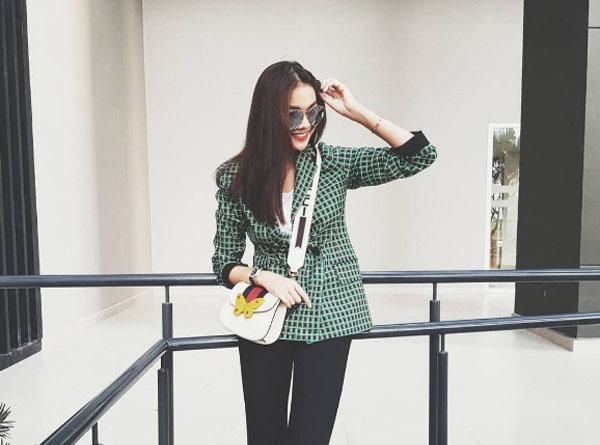 Chỉ cần ngắm style của Thanh Hằng, bạn sẽ có loạt ý tưởng mặc đẹp cho mùa thu này