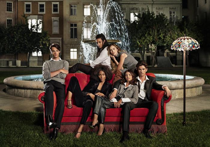 Ralph Lauren ra mắt BST lấy cảm hứng từ phim Friends