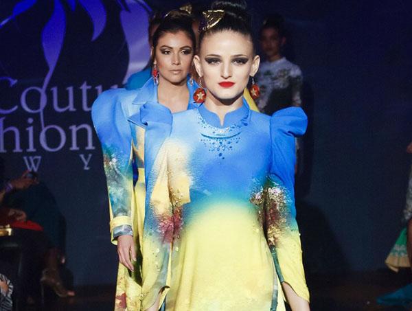 Dàn mẫu quốc tế trình diễn áo dài Việt đẹp như mơ