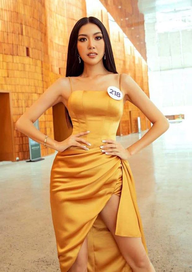 Vừa chinh chiến Miss Universe Việt Nam, Thúy Vân đã dẫn đầu bảng sao đẹp với 2 bộ cánh xuất sắc