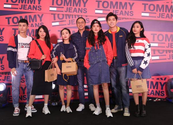 Quỳnh Anh Shyn, Nam Em diện Jean cực chất tại sự kiện khai trương cửa hàng