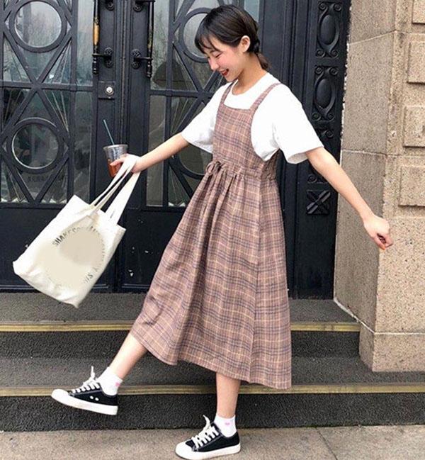 Những kiểu váy giúp nữ sinh không bị thầy cô mắng khi đi học