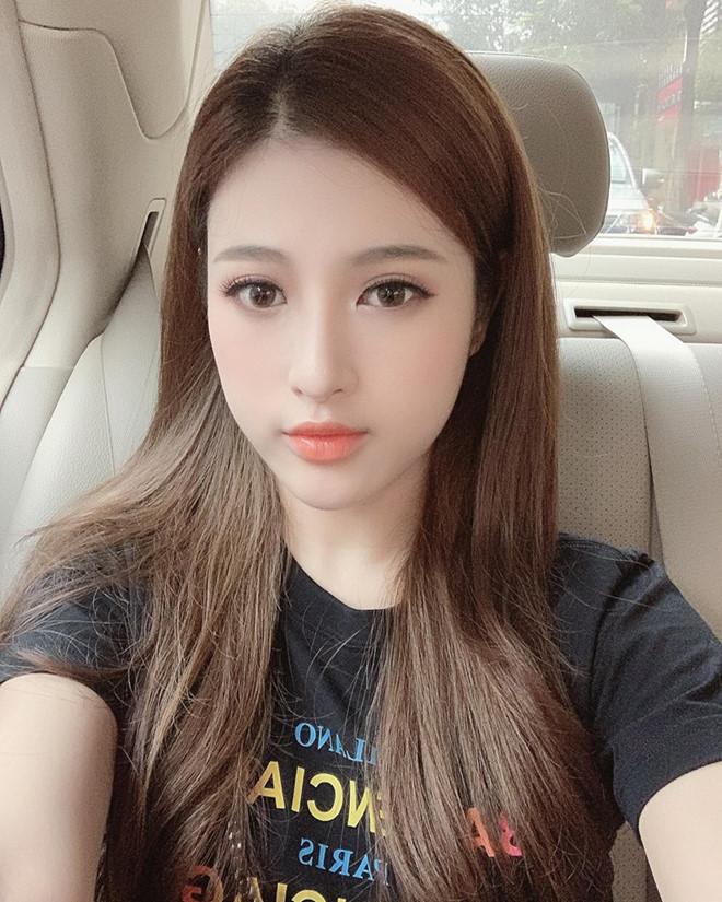Huyen Baby va cac hot girl co em gai noi bat khong kem chi hinh anh 4