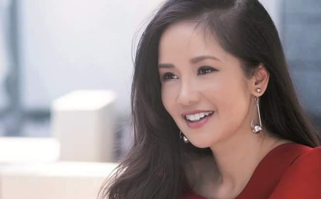 Nhà Celeb: Diva Hồng Nhung thảnh thơi cắm hoa, tới hoa hậu cũng khen không ngớt