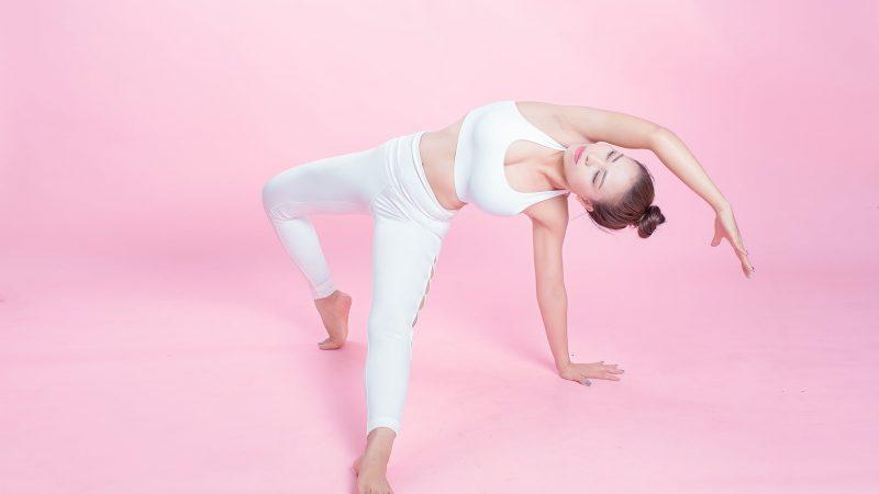 Cùng ngắm bộ ảnh lung linh của HLV yoga Vũ Hồng Yến – Phó BTC Miss Yoga Việt Nam 2021