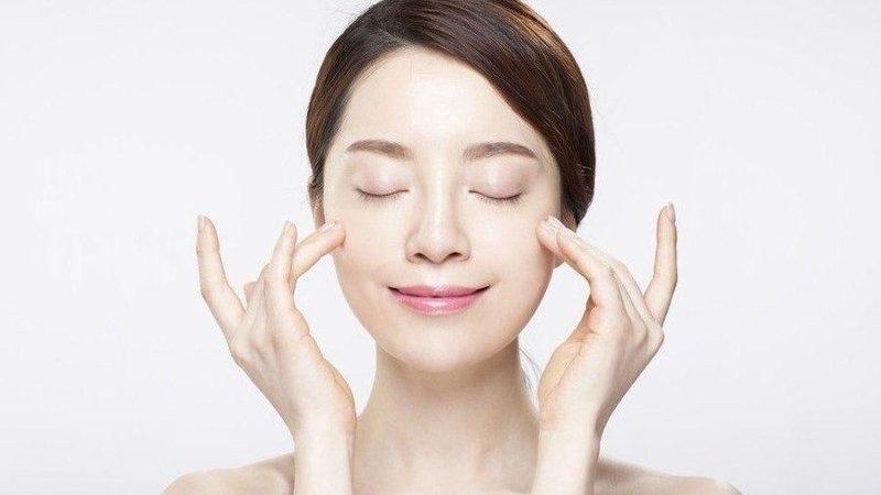 3 sản phẩm dưỡng da trắng, sáng xịn mịn của Nhật Bản có giá 450 ngàn đồng